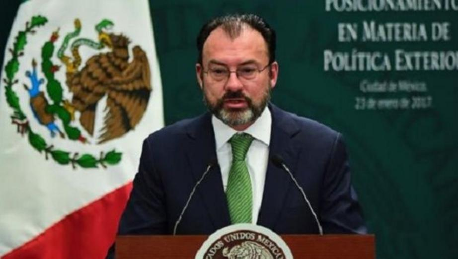 Mexican Foreign Minister Luis Videgaray talks to the senate concerning NAFTA on the eve of the fourth round of renegotiation talks. | Photo: Reuters